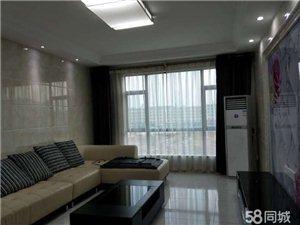 玉虹蓝庭国际城居家型全新三房2300元/月