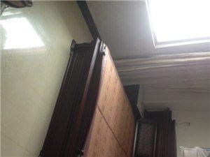 财源小区3室2厅2卫2000元/月出售110