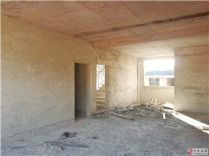 多套住房出售1400~2600元/平,3室/4室2厅1卫,可分期,可按揭
