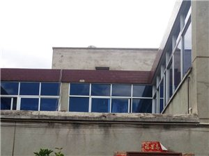 盐源县林业局家属院内单家独院二层楼出售