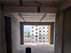 新公安局住宅区3室2厅2卫30.8万元