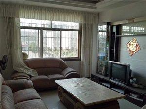 朝阳庭院3室2厅2卫66万元
