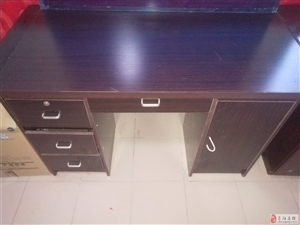低价处理办公桌椅,条形桌