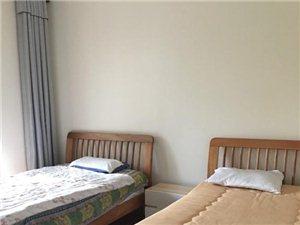 棕榈半岛国际公寓2室2厅1卫62万元
