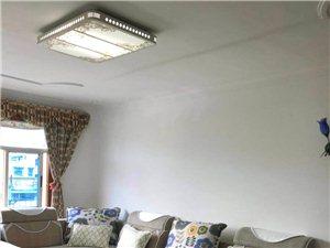 小转盘县政府附近小区4楼3室2厅精装修家具电器齐全