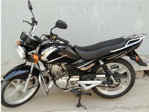 2500元转让铃木GT125摩托车