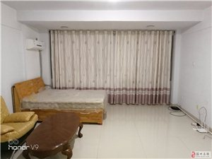 锦绣城1室1厅1卫1300元/月