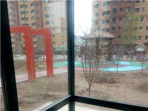 地方公园一楼下沉式4室2厅2卫
