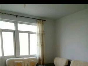 锦湖多层4楼月租833元,家具家电齐全,拎包入住