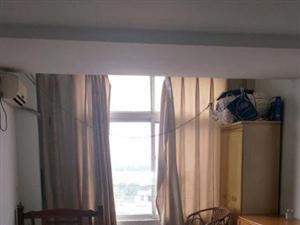 富都国际1室0厅1卫700元/月