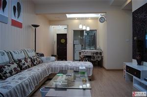 玫瑰湾精装2室2厅套房出租,拎包入住!