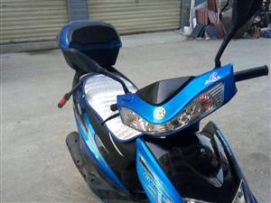 9.5成新燃油踏板车低价出售