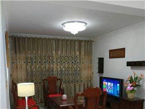 3200元出租江南名都18楼3房2厅2卫带家私家电