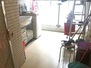 2900元出租和晟花园11楼3房2厅2卫带家私家电