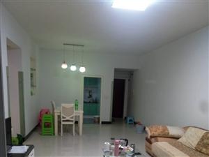 腾龙苑中装修3室2厅2卫清水房的价格55万