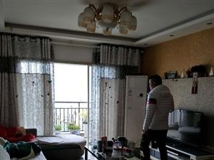 丝绸大厦3室2厅2卫48万元