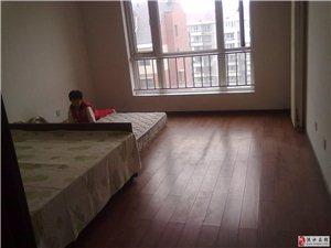 新东城,有本可贷,首付25万,随时看房东湖印象,经