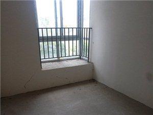 香江豪园3室3厅3卫48万元