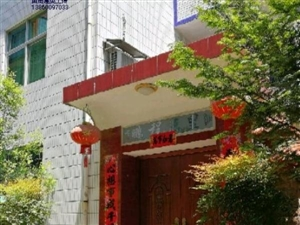 兴浦东区自建房9室2厅3卫163万元
