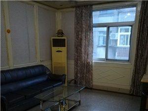 碧霞六区4室2厅1卫1500元/月