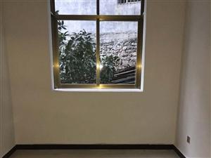 马市角天桥上面2/3室1厅1卫700元/月