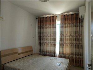 出售:锦绣山庄3室2厅2卫125万