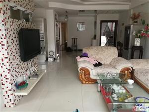 江滨二期2室2厅2卫90万元