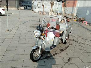 低价出售大运电动三轮摩托车,九成新