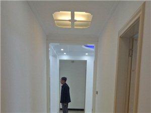 幸福花园3室2厅2卫精装修送家具家电83万元