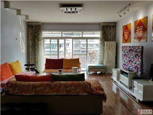 阳光花园4室3厅2卫86万元