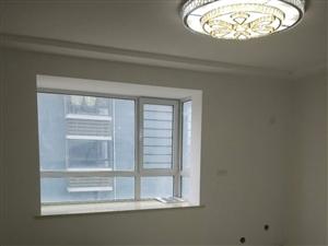 阳光城2室2厅1卫66万元电梯中层精装东窗