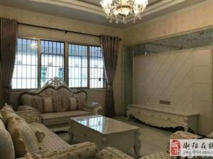 名牌大厦三室两厅两卫电梯精装房出售