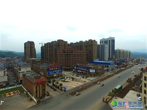 御鑫城16栋毛坯房出售
