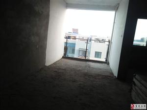 东湖上城3室2厅1卫交通便利