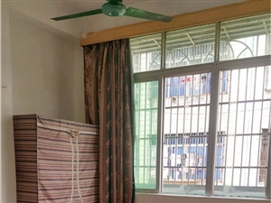 金海路金日酒店旁有免费上网450元新装修空调房出租