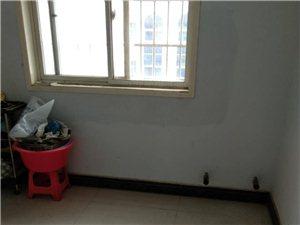 兴隆街学区房3室2厅2卫47万元