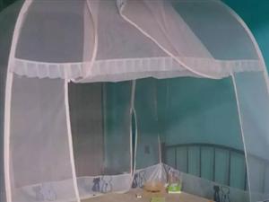 急售双人床送蚊帐子