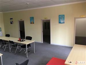 浦江软件园小面积房源,看房随时。简单装修,行业不限