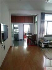 皇华山公寓四楼3室2厅1卫68万元