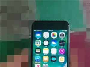出售苹果手机128G三网,有意者联系!