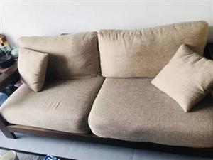 出售 木质沙发