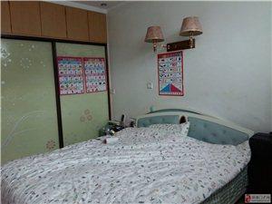 3室2厅2卫40万元实验小学学区房出售
