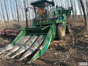 三垄16年福格森玉米收割机出售