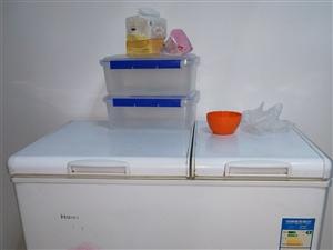 出售一台二手冰柜冰柜正在使用中
