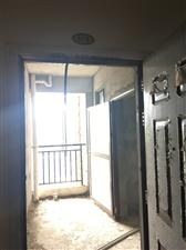 泰华家园3室2厅2卫85万元