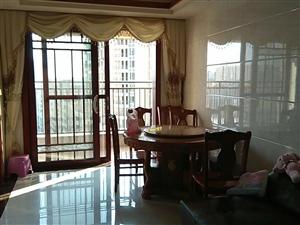港晟豪庭3房136.68平方中层精装售89.9万