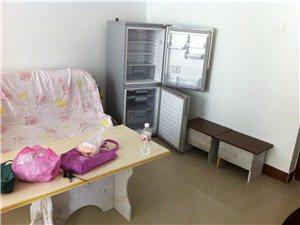 富都国际1室0厅1卫800元/月