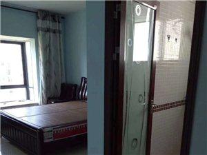 3室2厅1卫2000元/月