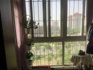 春港花园两室通厅5楼不是顶楼无税诚心出售新出房源