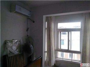 金码头 6楼 2室1厅 精装 900元/月